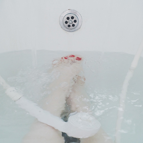 ducha con agua